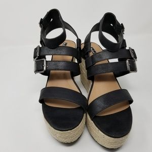 NWT. Michael Antonio Wedge Gypsy Sandals. Size 7.5